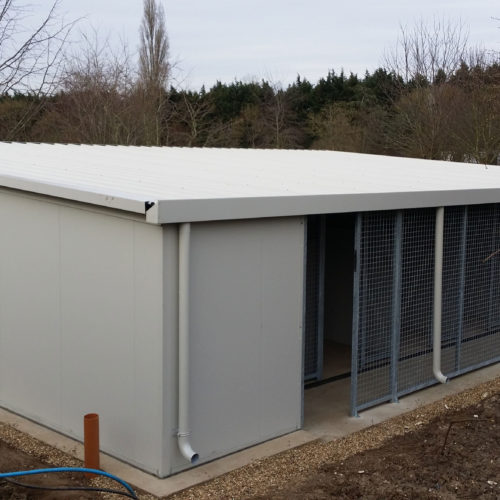 insulated boarding kennels